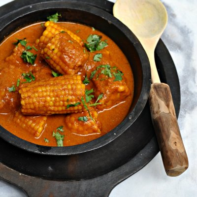 Spicy Corn Curry | Corn on the cob curry | Bhutte ki Sabji
