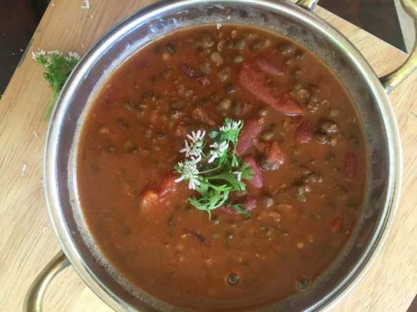 punjabi-maa-ki-daal-slow-cooked-black-urad-lentil-recipe.1024x1024