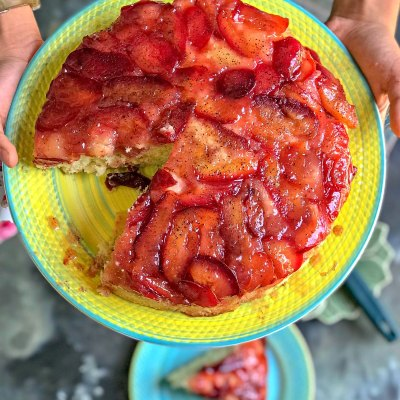 Easy Ginger Plum Upside Down Cake