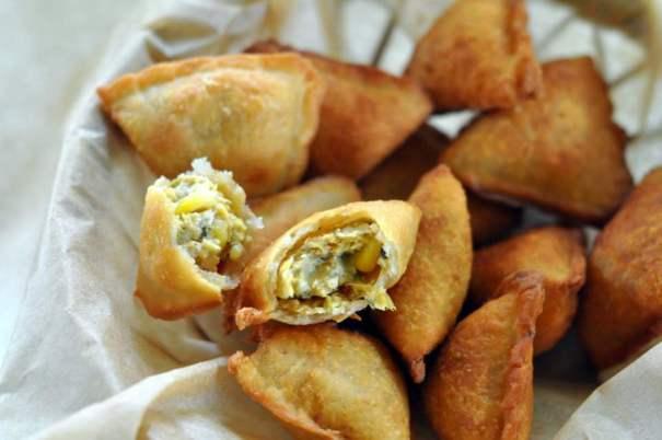 corn-and-paneer-samosa-recipe.1024x1024