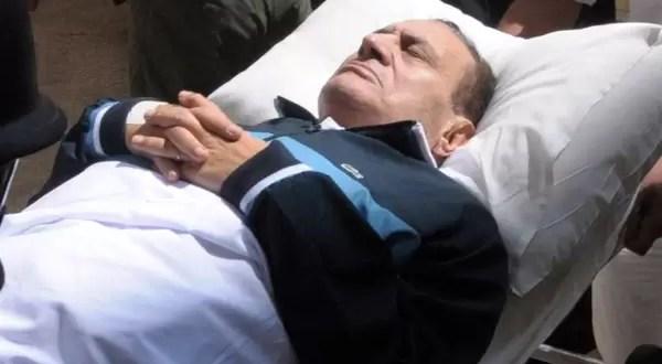 Murió Hosni Mubarak