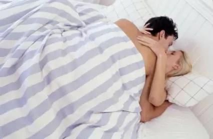 ¿Por qué las mujeres fingen el orgasmo?