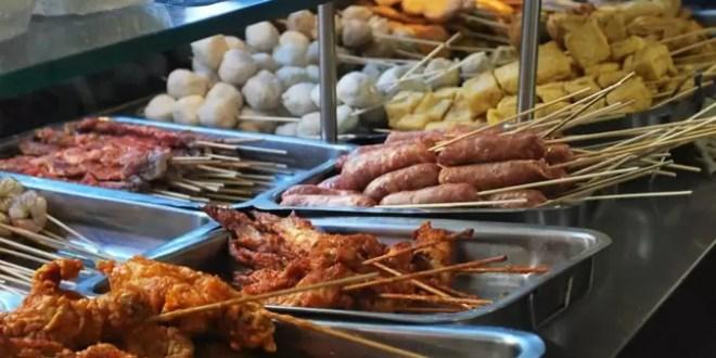 Los mejores snacks para comer al paso en el Barrio Chino