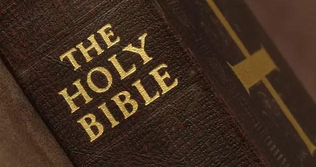 Un hotel reemplaza las Biblias impresas por 'e-readers'
