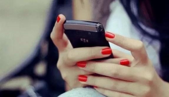 ¿Quién usa mas SMS los hombres o las mujeres?