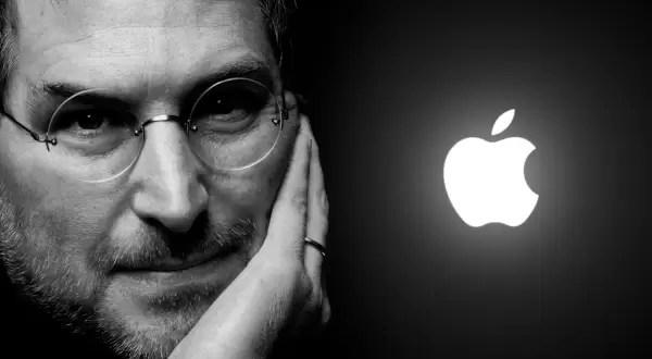 ¿Steve Jobs reencarnó en Microsoft?