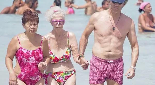 Fotos: La duquesa de Alba con 86 años y en bikini