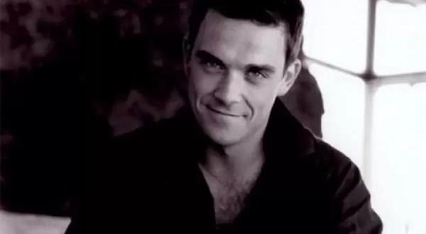 Robbie Williams quiere comprar una isla para detectar Ovnis