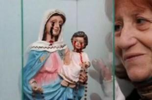 La Virgen Nuestra Señora del Rosario de San Nicolás llora lágrimas de sangre - Fotos