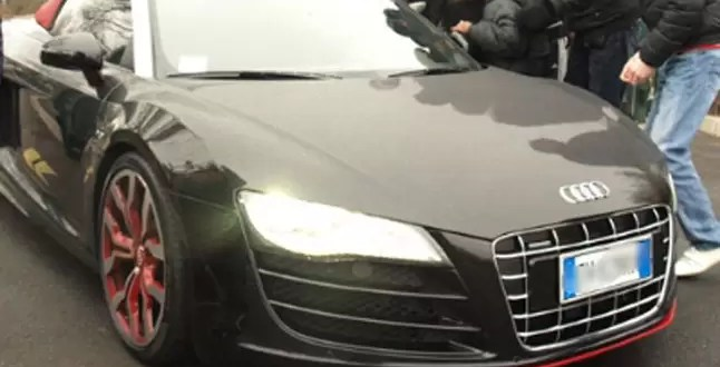 Video: Javier Pastore estrelló su Audi R8