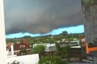 Video increíble: la formación de un tornado en Uruguay