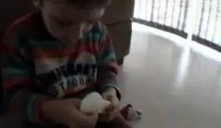 Video: ¿la peor broma de un padre a un hijo?