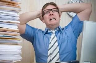 Los riesgos de trabajar más de seis horas