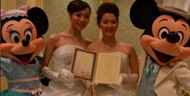 Mickey y Minnie son testigos de boda gay