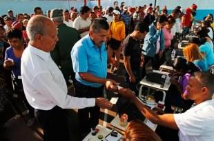 Qué irregularidades denuncia Henrique Capriles?
