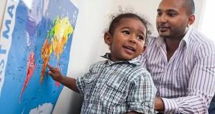 Niño de 2 años tiene coeficiente intelectual mayor que Barack Obama