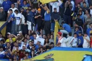 Video: momento del violento choque de barras de Boca