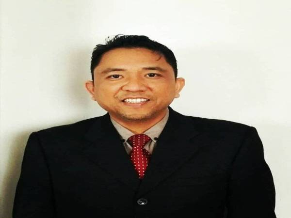 Dr. Norman Mohd Noraw