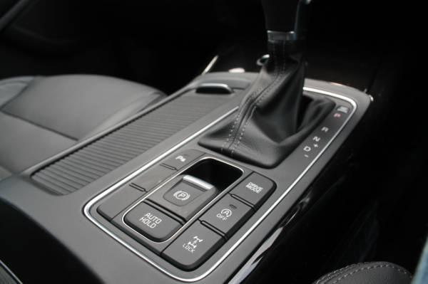 BUTANG kawalan Mod Pemanduan yang terdapat di tengah ruangan gear konsol.