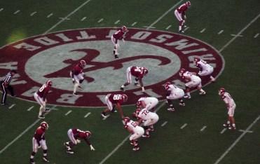 Alabama_on_defense_against_Arkansas_9-24-2011