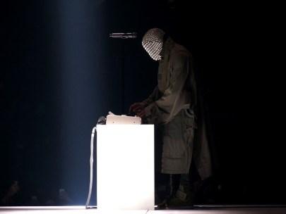 Kanye_West_Yeezus_Tour_Staples_Center_1