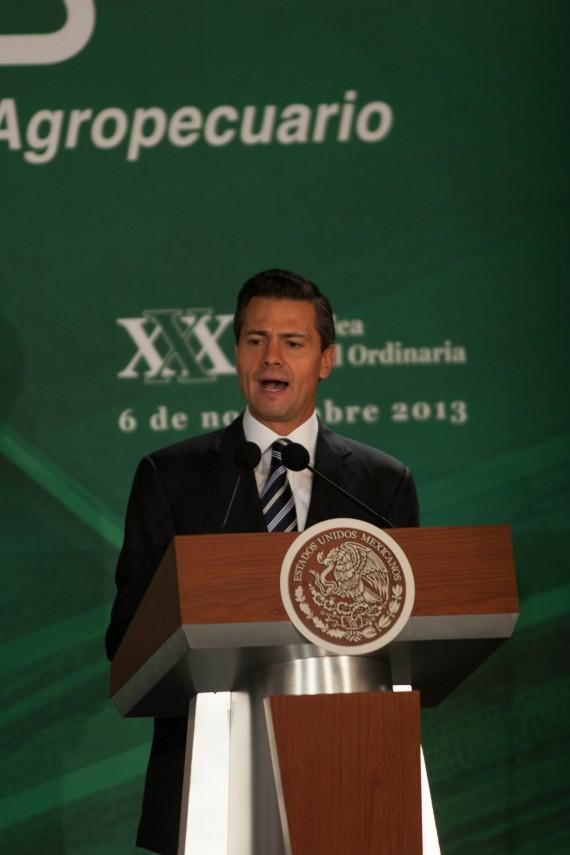 El Presidente Enrique Peña Nieto presentó su propuesta política para la agroalimentación. Foto: Francisco Cañedo, SinEmbargo