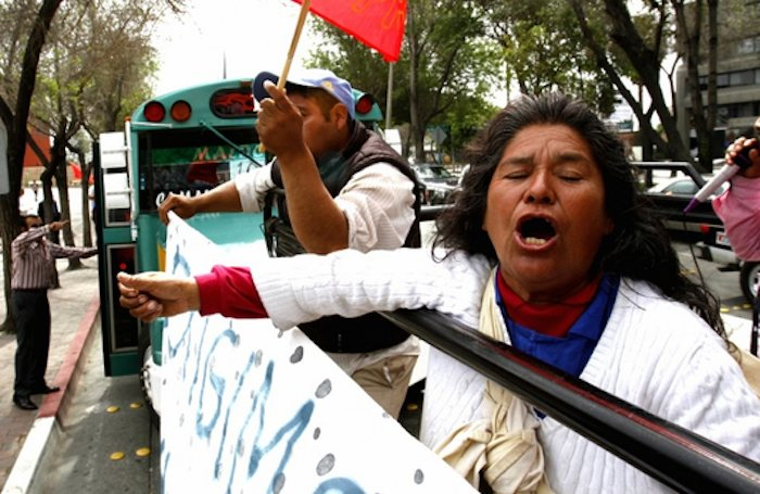 Jornaleros de San Quintín marchan hacia garita de San Ysidro. Fotos: Jorge Dueñes