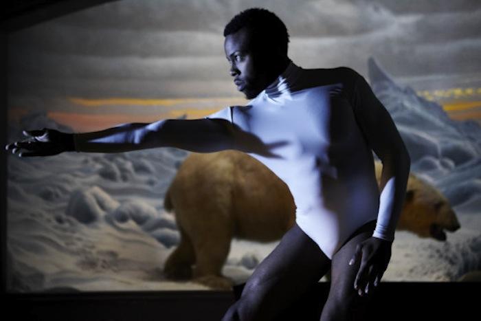 Los bailarines proponen darle otro sentido al discurso científico creado en torno al cambio climático. Foto: The Huffington Post