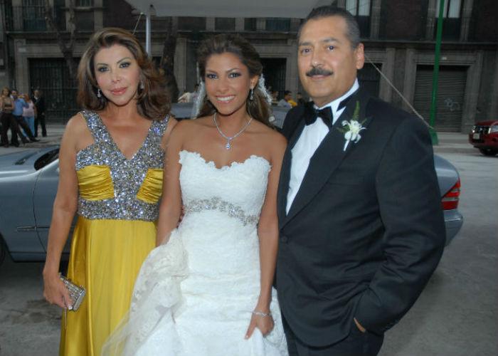 Manlio Fabio Beltrones y su esposa Silvia Sánchez en la boda de Sylvana. Foto: Cuartoscuro