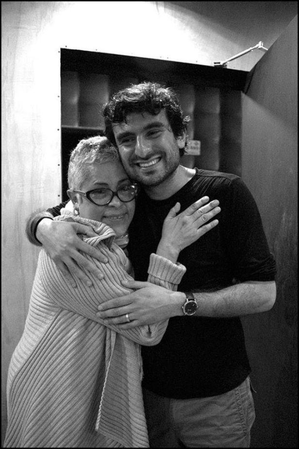 El productor junto a Eugenia León. Foto: Facebook de Juan Sosa