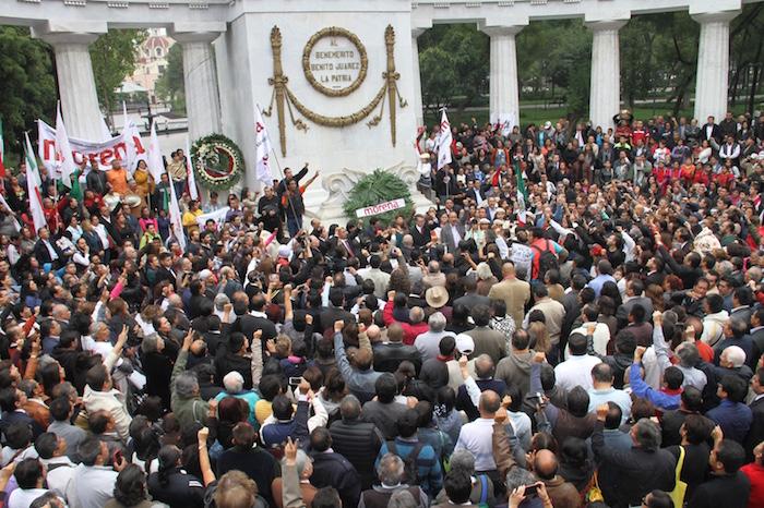 La bancada de Morena rindió protesta en una ceremonia realizada en el Hemiciclo a Juárez. Foto: Luis Barrón, SinEmbargo.
