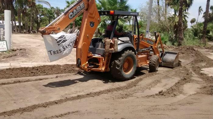 El desarrollo de Tres Santos ya ha arrasado con manglares en peligro de extinción y ha construido un depósito privado que contiene más agua de la que cuenta el resto de la ciudad. Foto: Facebook Tres Santos