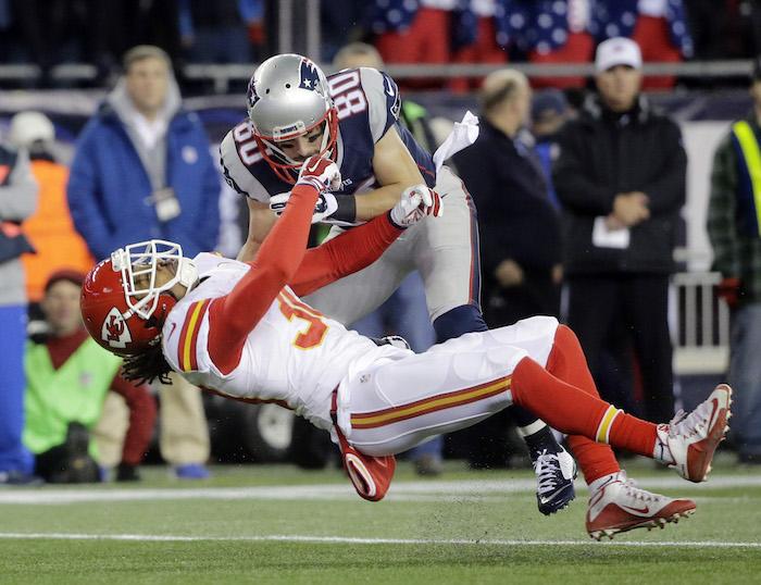Las opciones de pase le sobraron a Brady al inicio del encuentro. Foto: AP