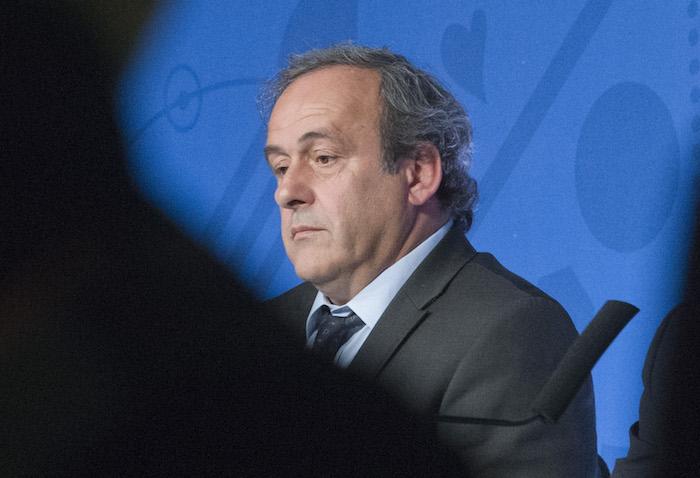 Ni los altos mandos de FIFA se han salvado tras un año en el que la corrupción del organismo ha sido expuesta. Foto: AP