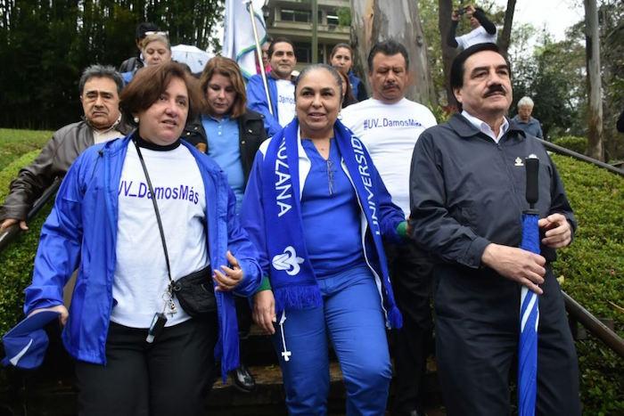 La Rectora de la UV, Sara Ladrón de Guevara en la marcha de este jueves. Foto: Ignacio Carvajal, Blog Expediente.