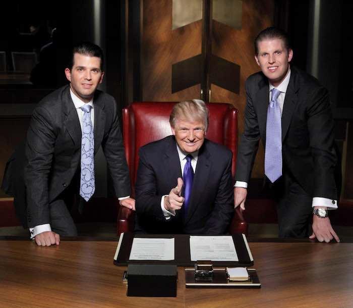 Foto de 2013 en la que aparecen, de izquierda a derecha, Donald Trump Jr., Donald Trump padre y Eric Trump. Foto: Facebook [@DonaldJTrumpJr].