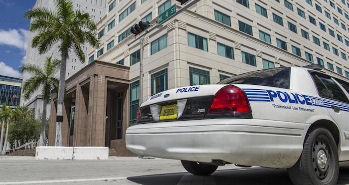 PolicIa-de-Miami