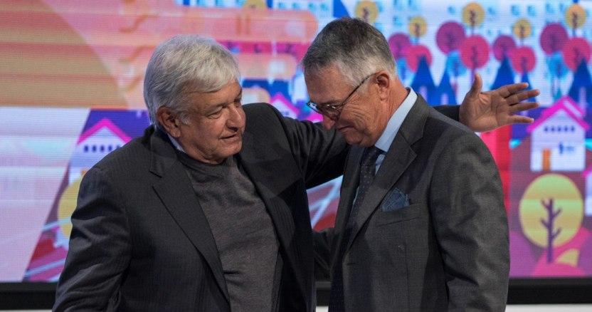 image 2019 01 22 084236 - El Estado dio 27 mil millones en 14 años a OSC de Salinas Pliego, Fox, Azcárraga, Beltrones, partidos...