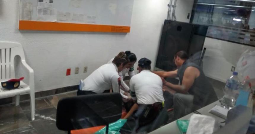 bebe nace metro - Una mujer da a luz en un taxi de Zinacantepec, Edomex; la madre y el bebé se reportan estables