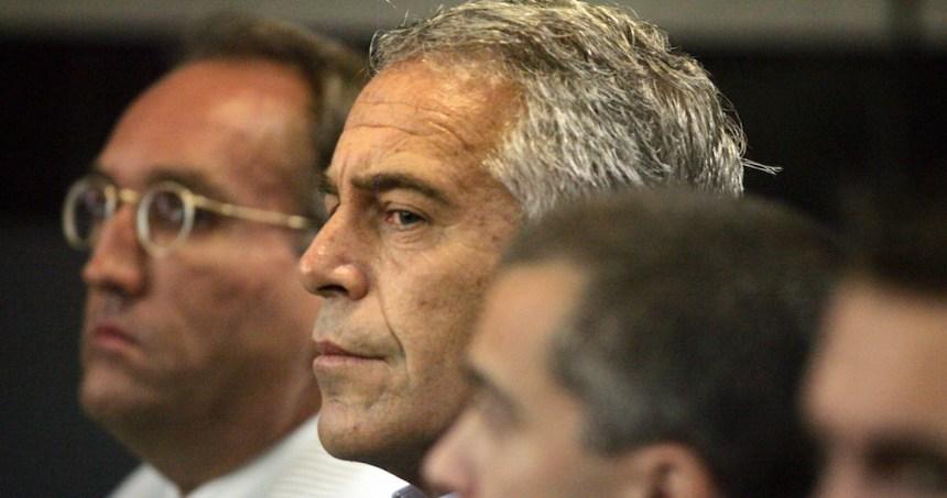 multimillonario - El Secretario de Trabajo de EU renuncia después de acusaciones por manejo del caso Epstein