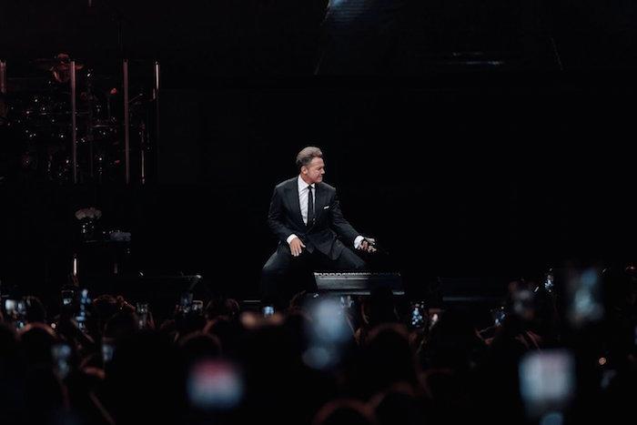 luis miguel - Luis Miguel y Romeo Santos, los artista que más ganancias obtuvieron, superando al reggaetón