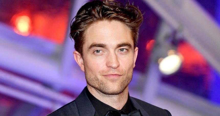 robert pattinson - Christian Bale aconseja a Robert Pattinson sobre enfundarse en el traje de Batman