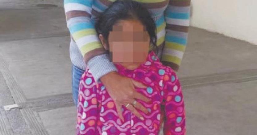 rescatananinaencadenada focus 0 0 696 423 - Un hombre habría encadenado a su pareja en Saltillo, Coahuila; ella logra escapar y pide ayuda