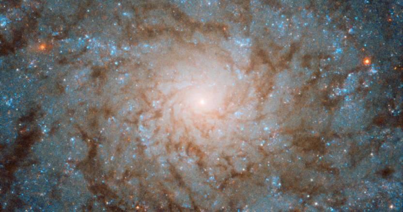 galaxia - Expertos hallan pistas para explicar cómo los cometas transportaron nitrógeno a la Tierra - #Noticias