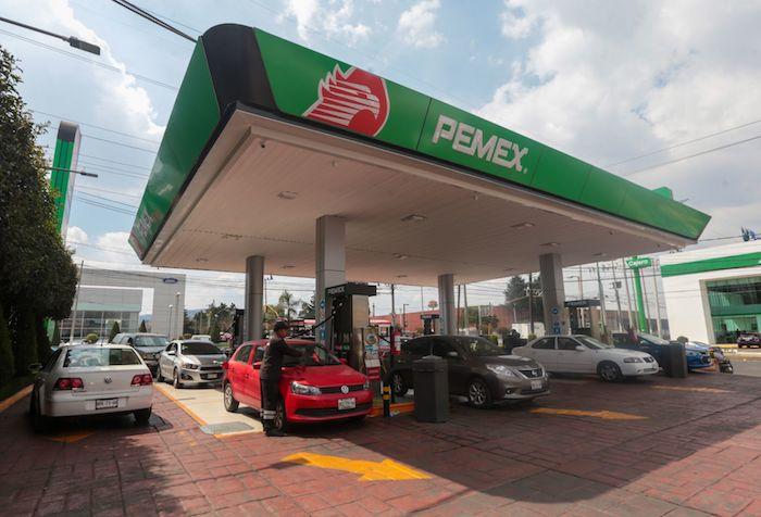 gasolineras - La Profeco llama a empresarios a bajar precios de la gasolina por caída en los costos del petróleo