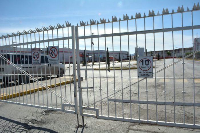 Tampoco directivos del IMSS, estatal y nacional, ni las autoridades de Salud en Chihuahua respondieron preguntas sobre el origen o detalles de este brote en la maquiladora.