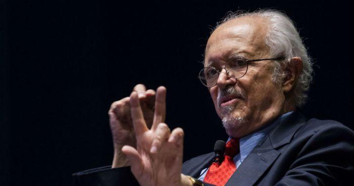 El Premio Nobel de Química, Mario Molina.