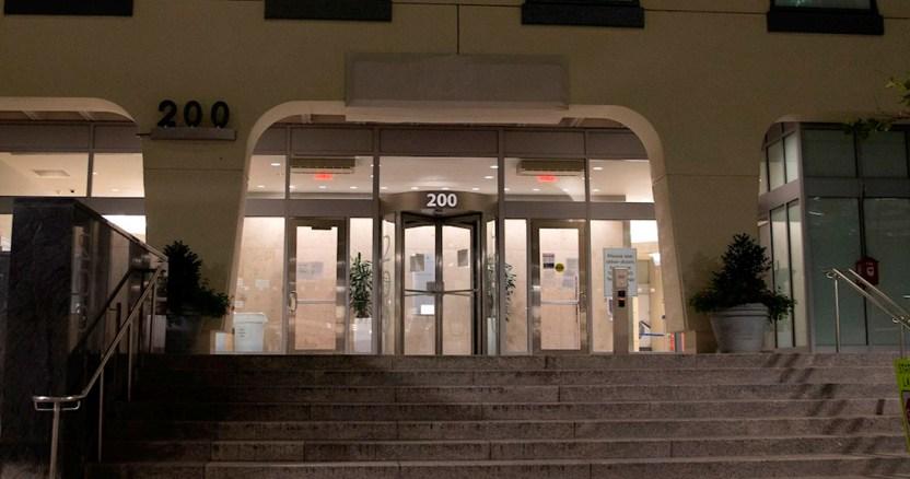 moderna - A pesar de repunte de contagios de COVID-19 en Europa, autoridades preparan el regreso a las aulas