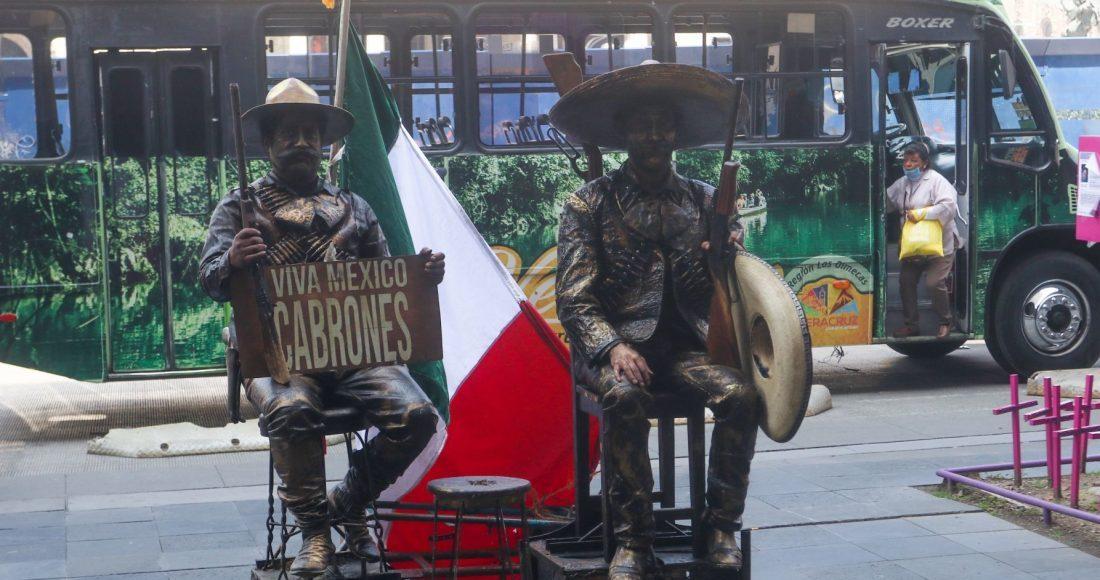 revolucionarios-estatuas-humanas-cdmx-mexico