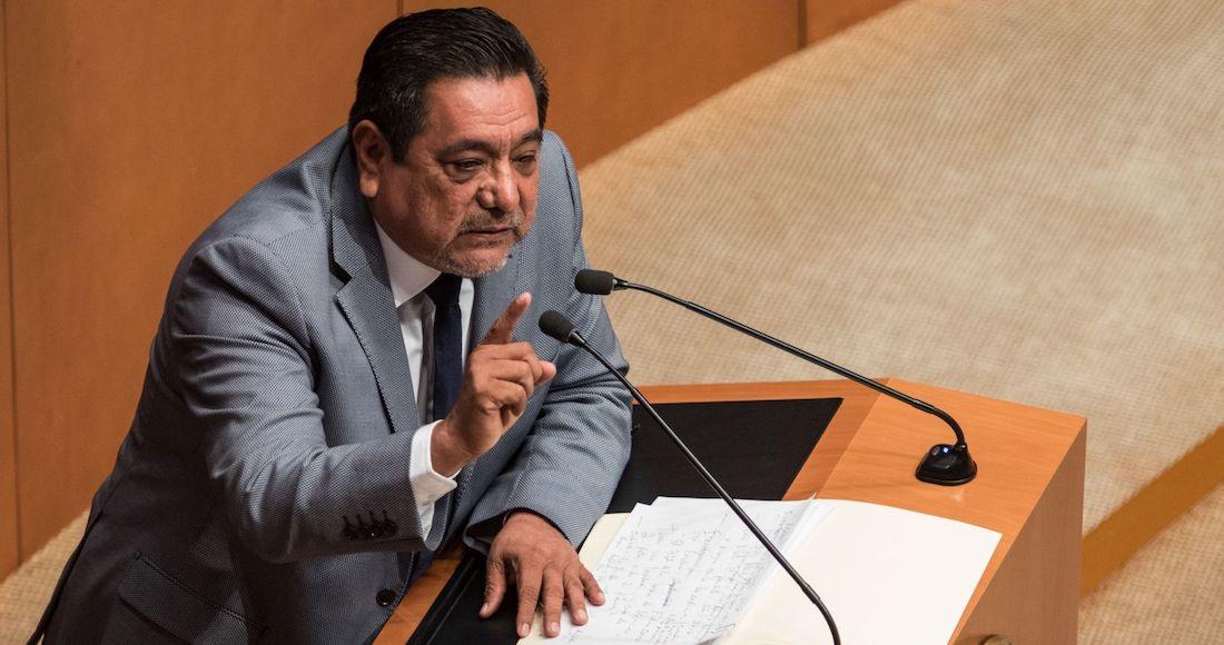 Foto Félix Salgado Macedonio en el Senado